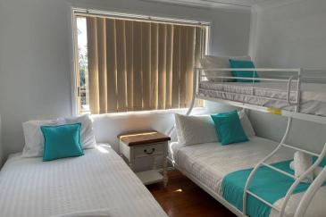 pFHHHouse-third-bedroom-2