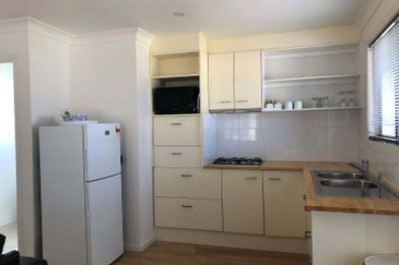 gSeafarers-cabin-kitchen-gallery-d