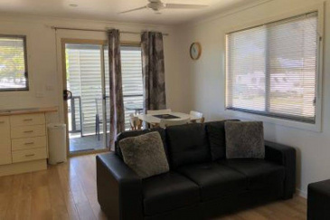 gSeafarers-cabin-living-area-aa